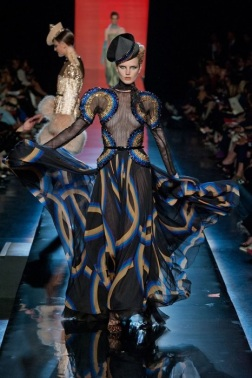 GAULTIER-haute-couture-fashiondailymag-sel-39